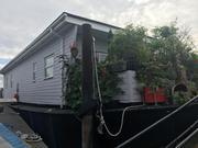 Luxury Designer Houseboat - Ravensloft