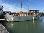 Bespoke Cruising Houseboat - Toucan